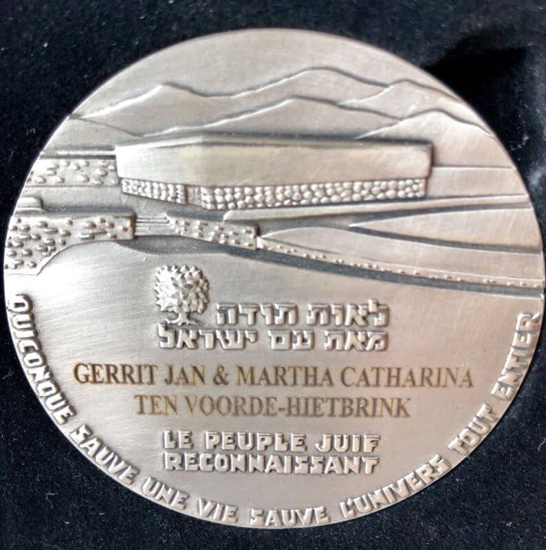 De Yad Vashem medaille voor de familie ten Voorde uit Hengelo