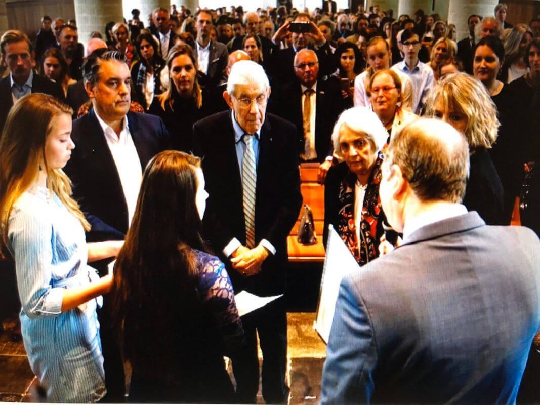 Uitreiking van de onderscheiding aan Gerrit Jan en Martha ten Voorde